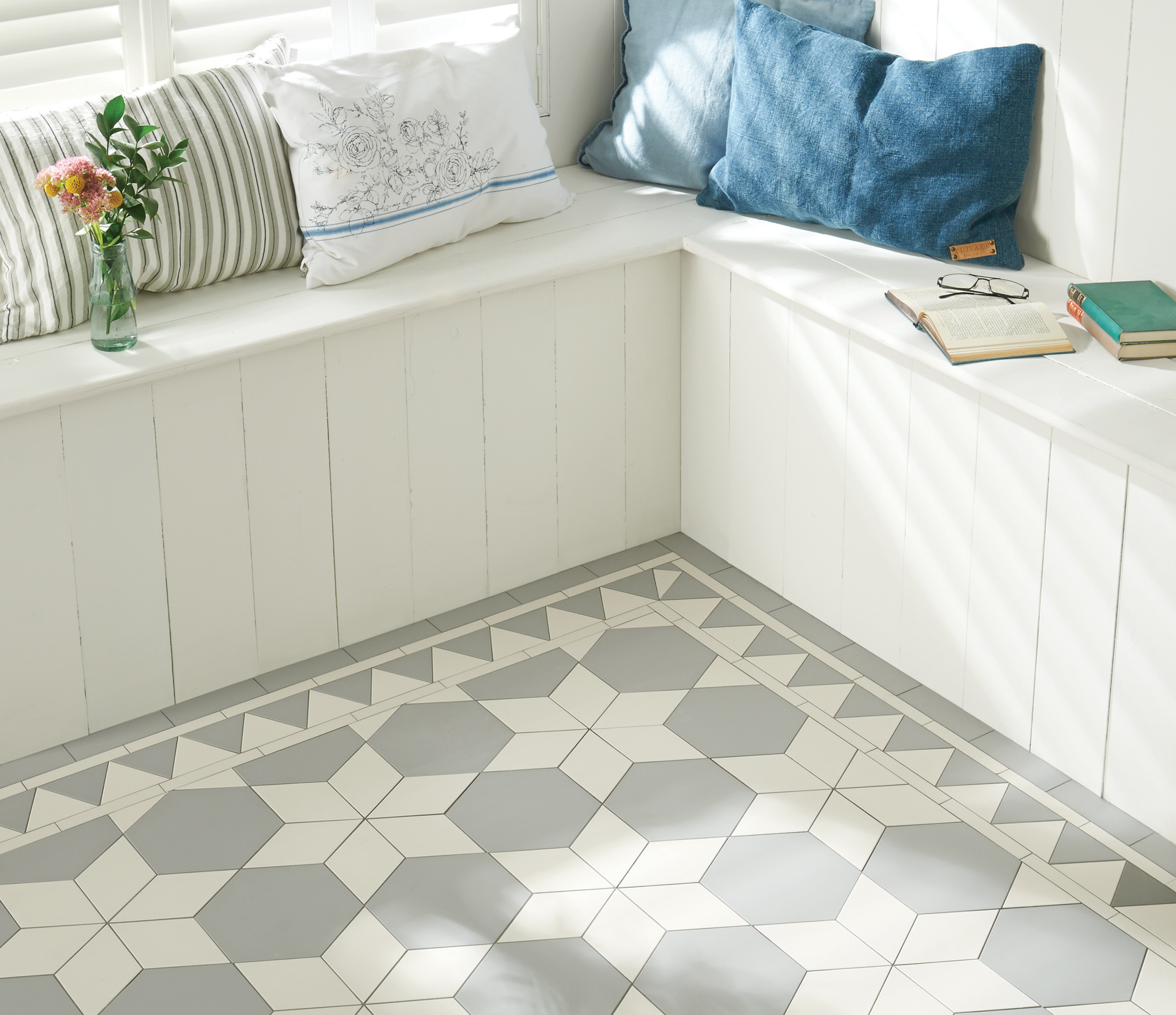 Os victorian ceramic tiles original style vft carlisle pattern with woolf border in grey and dover dailygadgetfo Images