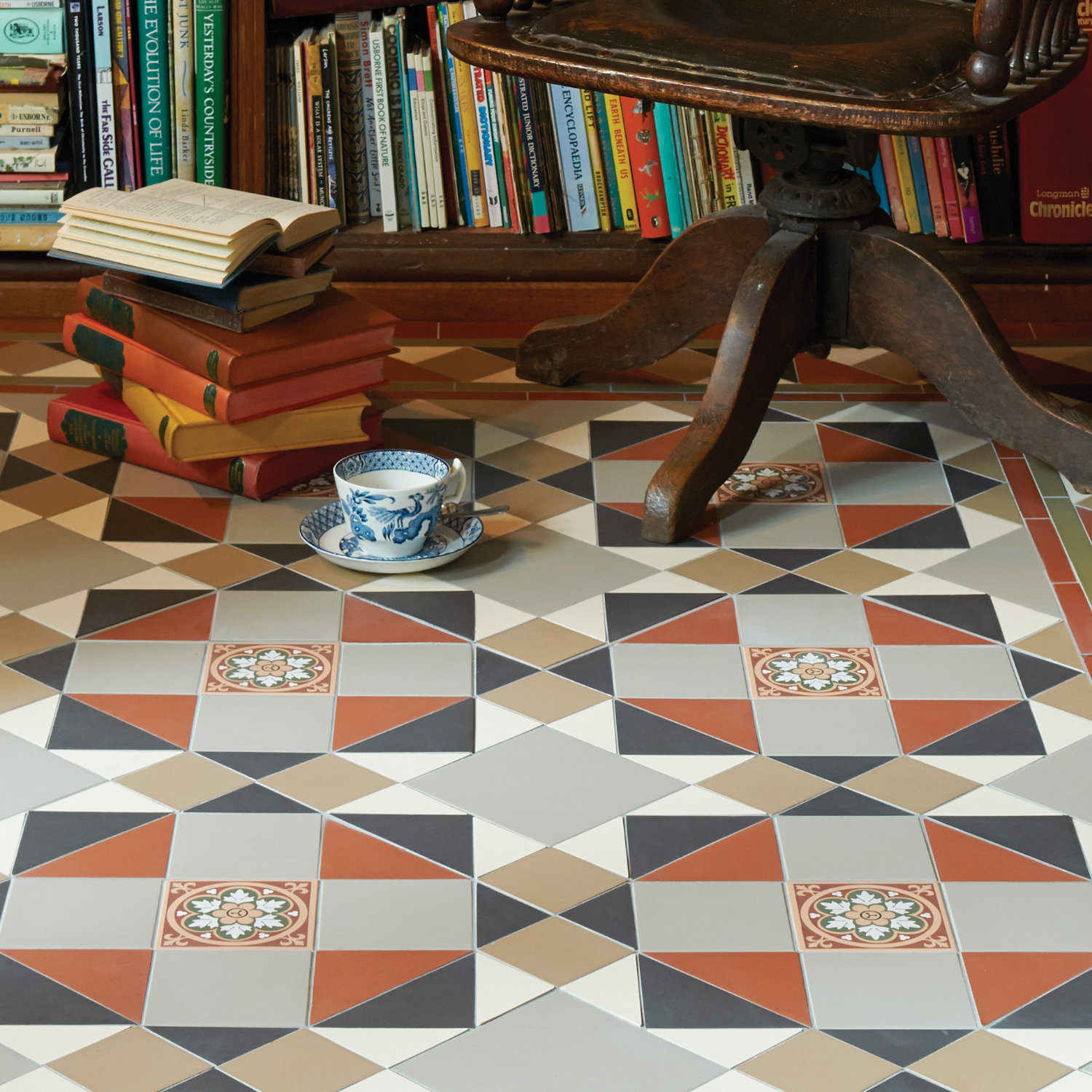 Os victorian floor ceramic tiles original style vft rochester pattern with wilde border with in red green dailygadgetfo Image collections