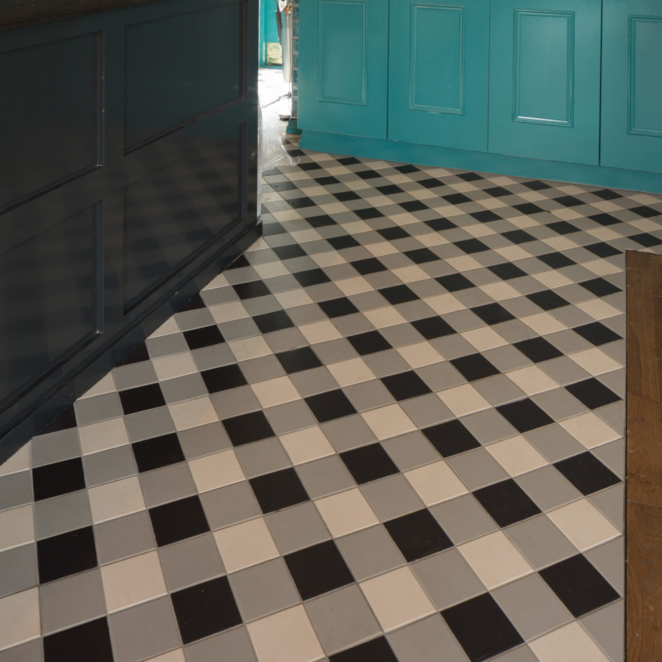 Os victorian floor ceramic tiles borderlocation original stylevftdorchester dover white grey black with winchester residence wall tileslocation dailygadgetfo Gallery